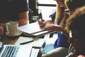 Szkolenie online z zarządzania zasobami ludzkimi.