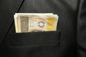 Motywowanie pracowników-formy pozapłacowe